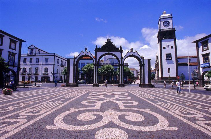 Ponta Delgada à visiter en voyage organisé aux Açores