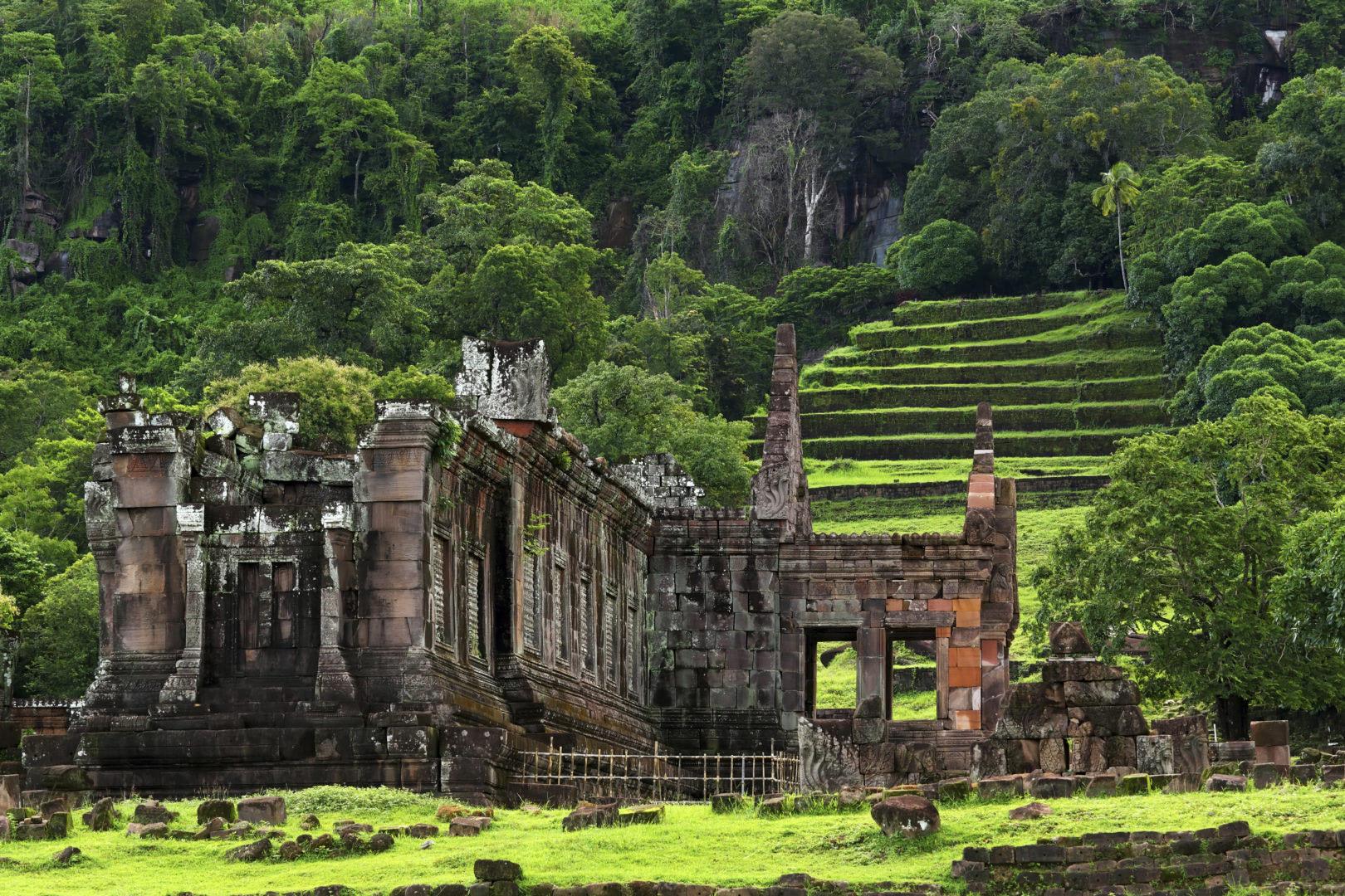 Blog voyage en groupe et vue sur le temple Vat Phou Champassak au Laos