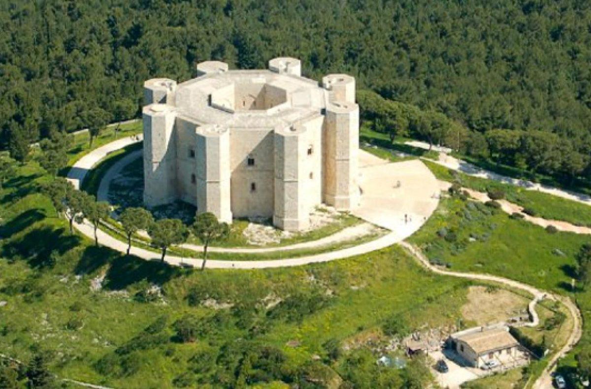 Visiter Castel del Monte pendant un circuit dans les Pouilles