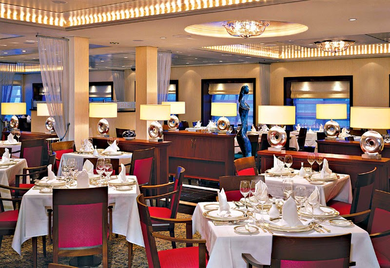 Restaurant dans le Queen Mary 2