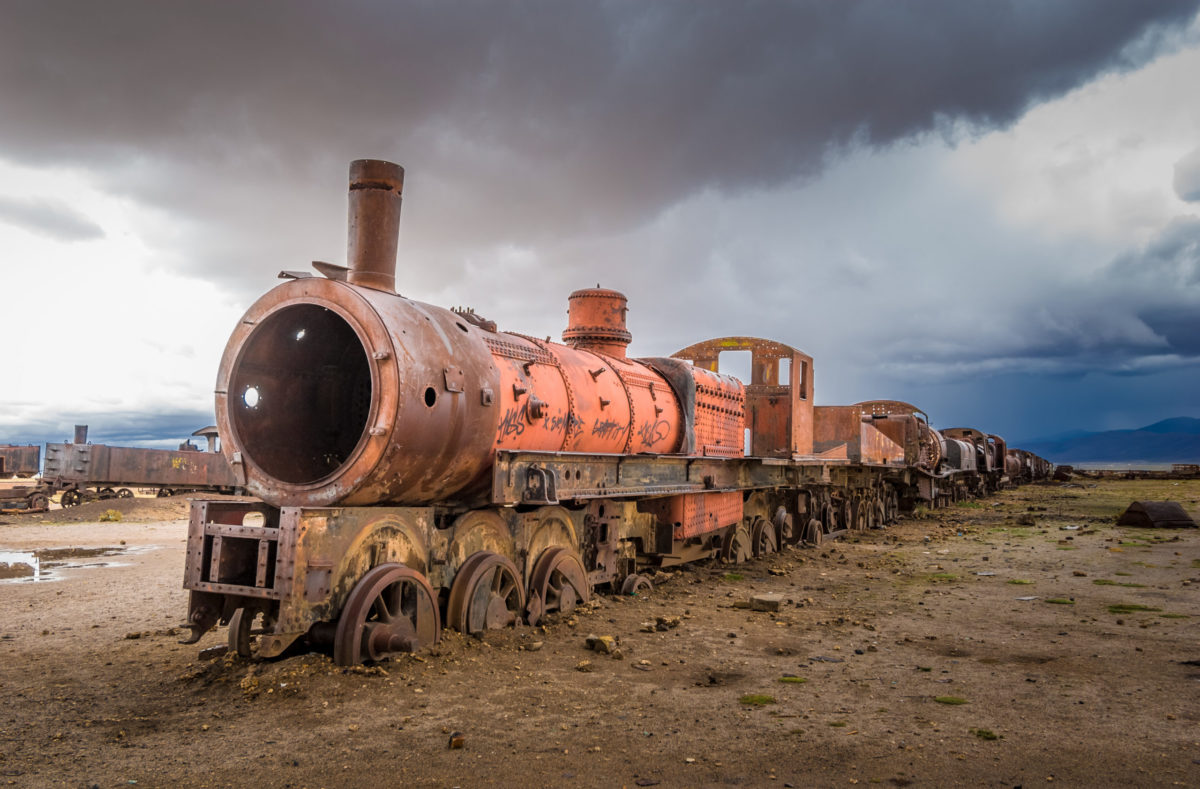 Cimetière du train dans le désert de Pampa Colorada