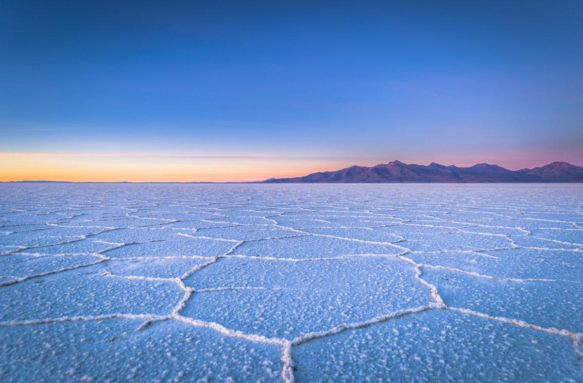 Saline de Uyuni au lever du soleil