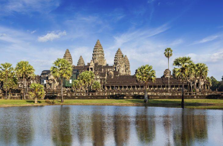Circuit en Aside du sud-est et visiter Angkor au Cambodge