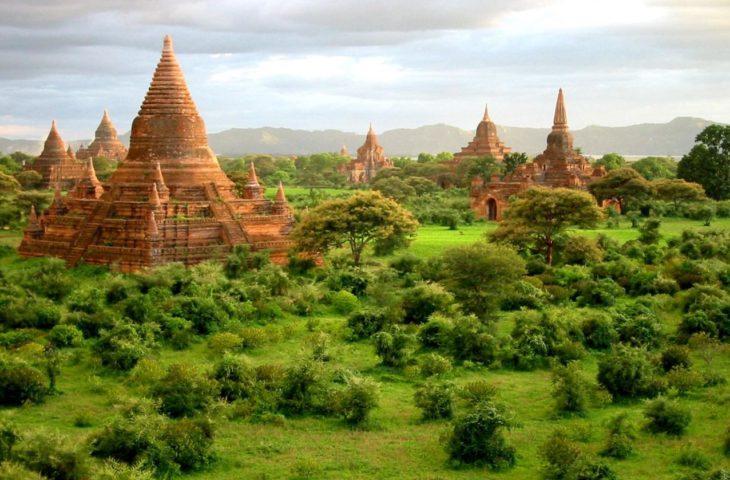 Visiter Bagan en Birmanie lors d'un circuit en Asie du sud-est
