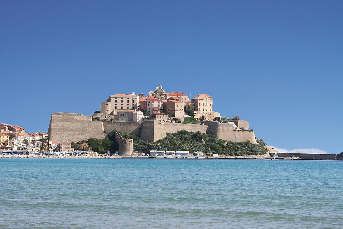 Visiter Calvi croisière en Corse