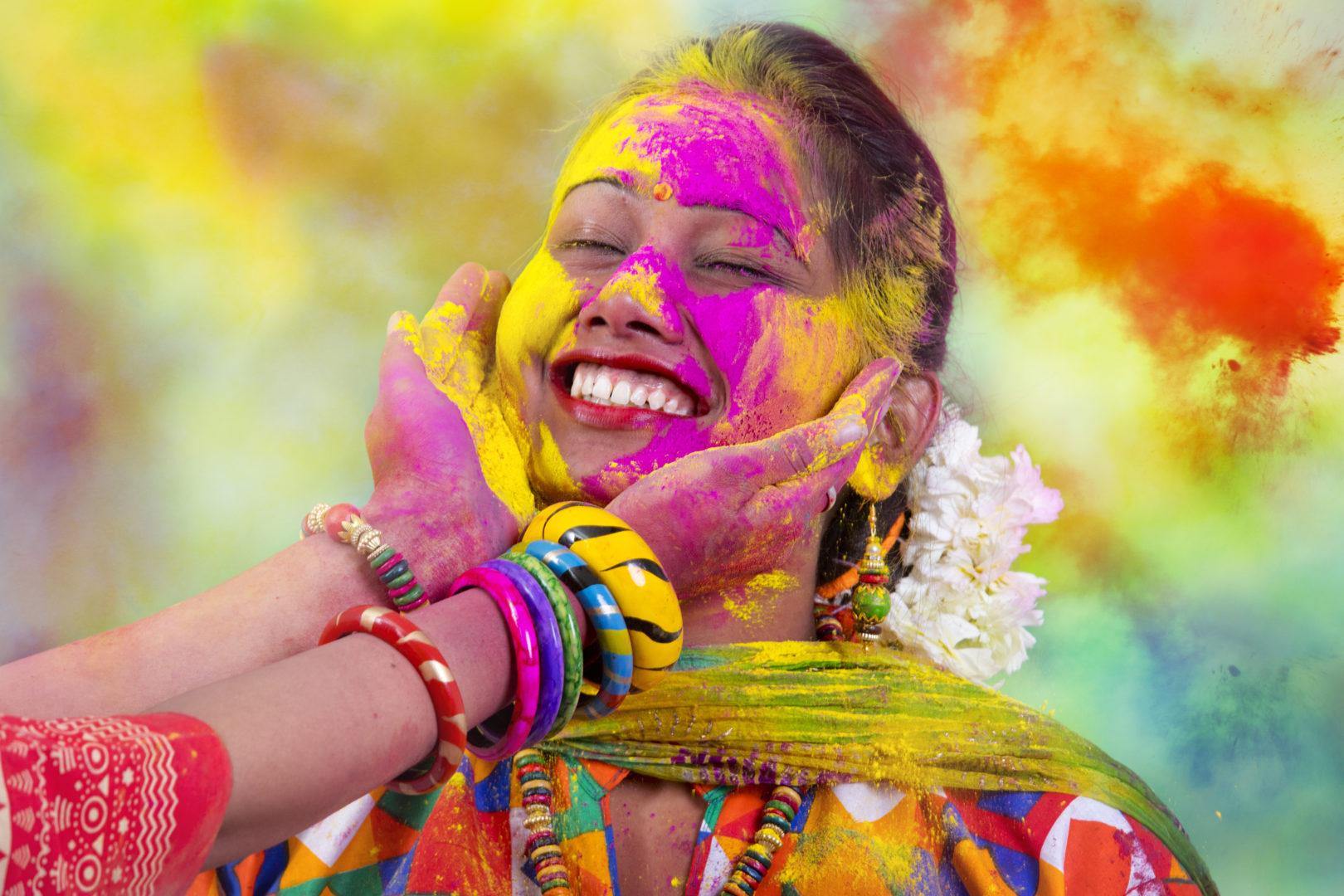 Holi au printemps en Inde_AdobeStock