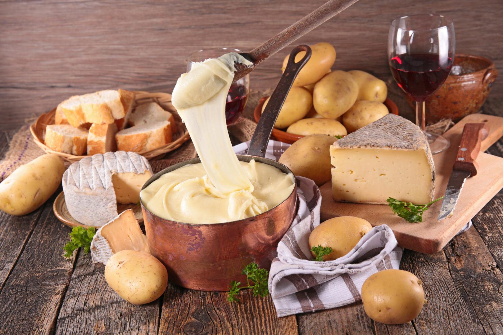 Aligot spécialité culinaire de l'Aveyron en France