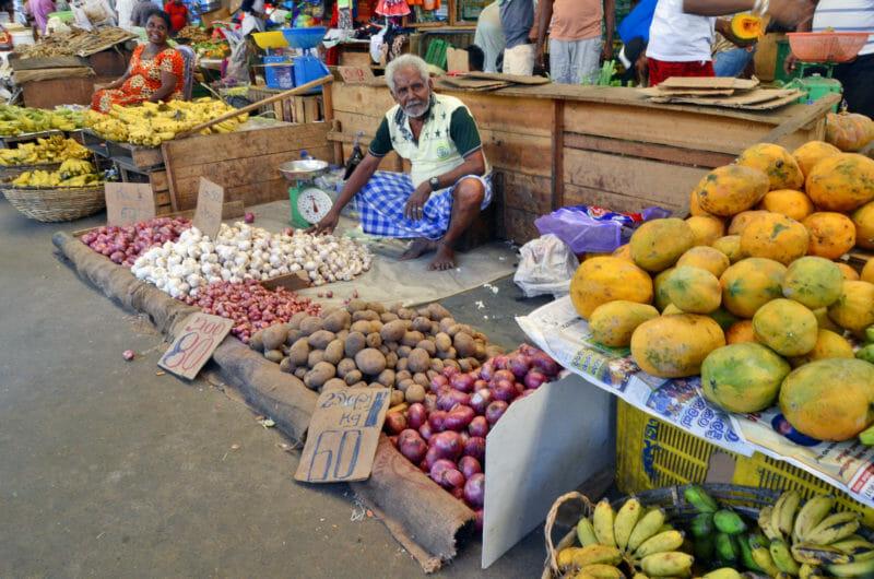 Visiter le Marché de Pettah Colombo en voyage en groupe