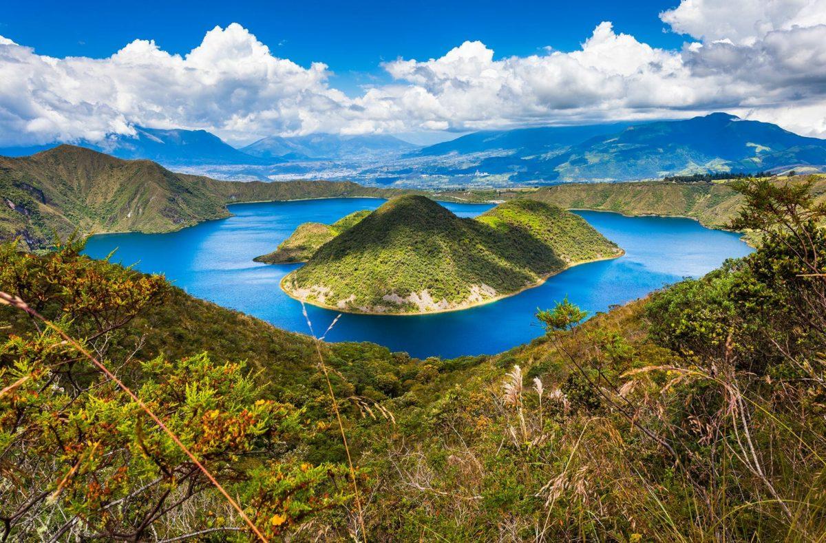 Vue sur la Lagune de Cuicocha en voyage en Equateur