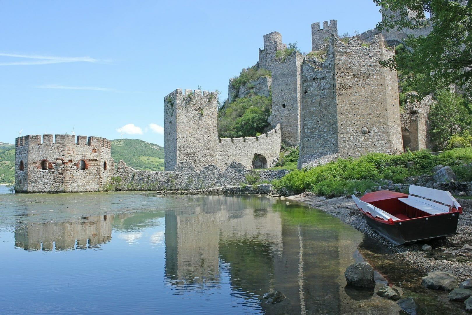 Partir en Serbie après le Covid-19 et voir la forteresse de Golubac