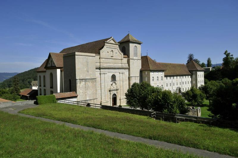 Visiter en groupe Bellelay et l'histoire des moines Prémontrés
