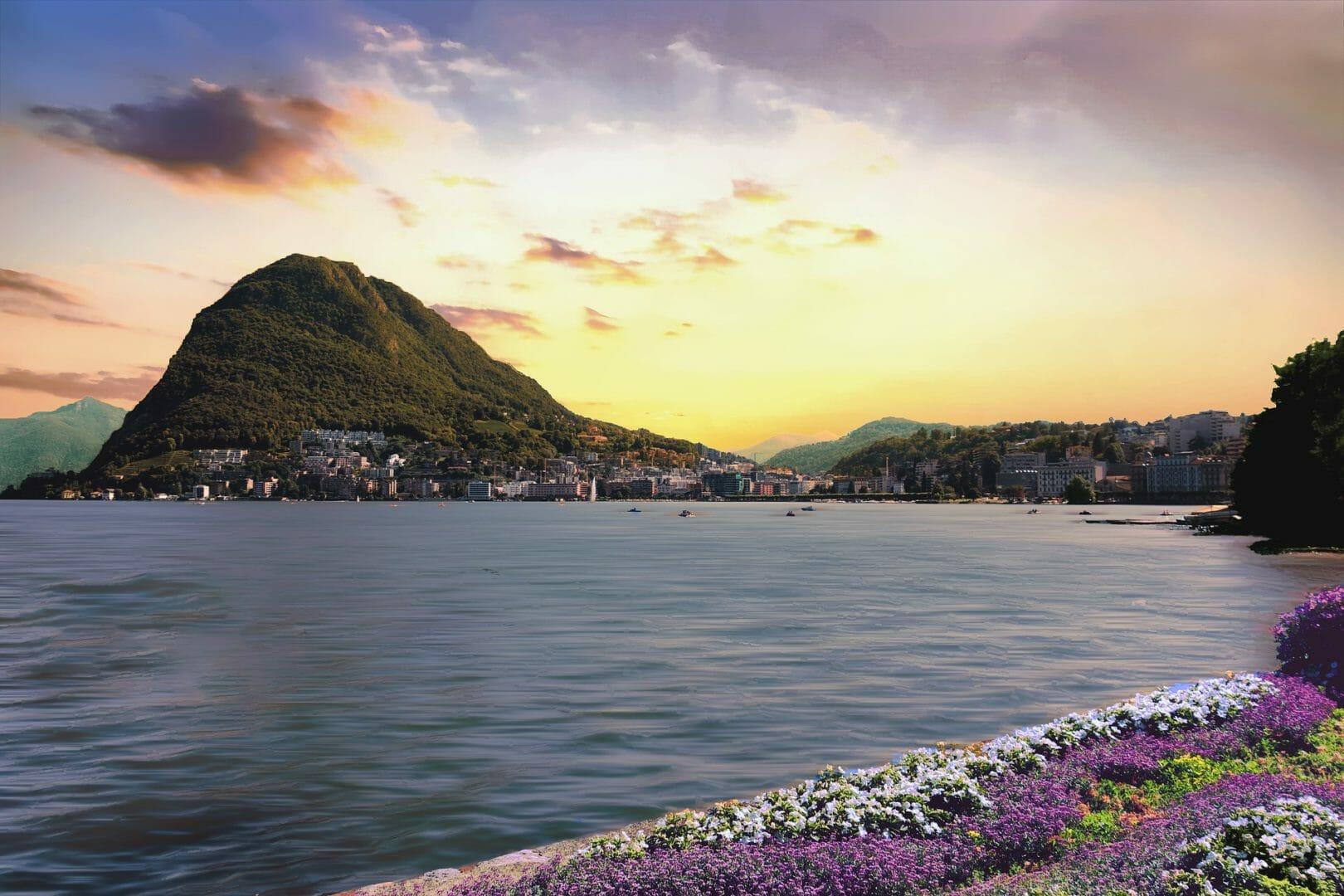 Coucher de soleil sur Lugano en Tessin