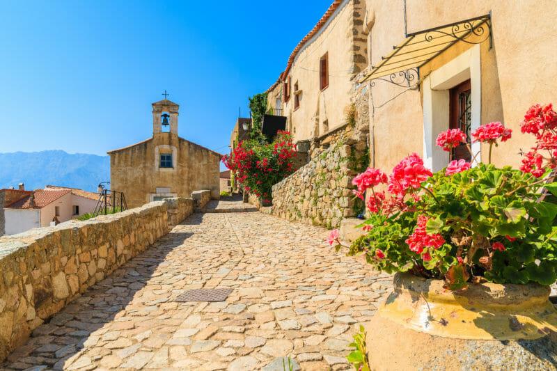Visiter San Antonino en Corse
