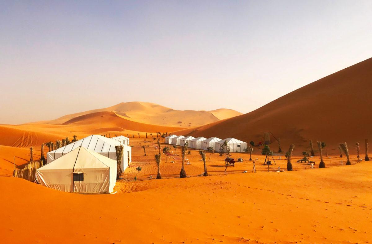 Désert du Sahara et glamping, Circuit guidé en e-bike au Maroc
