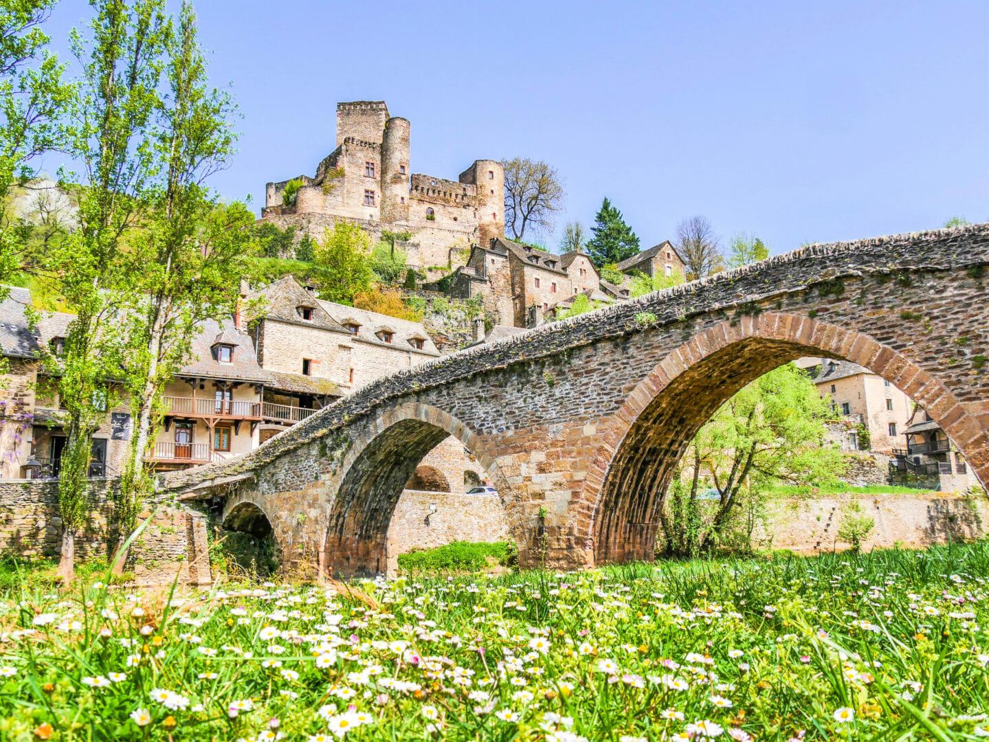 Belcastel Aveyron Visiter la France hors des sentiers battus
