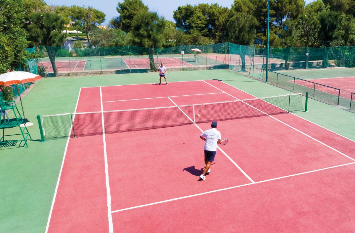 Tennis au Pollina Resort Sicile