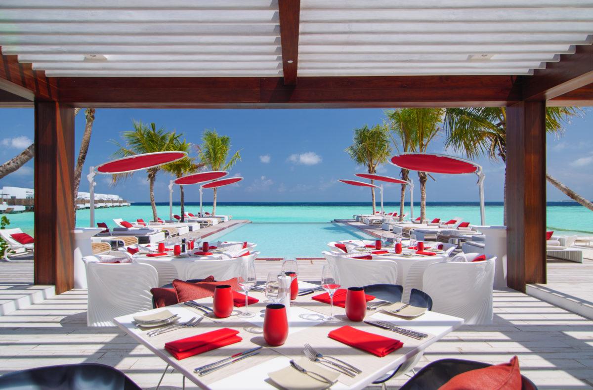 Lux North Malé Beach Rouge Deck