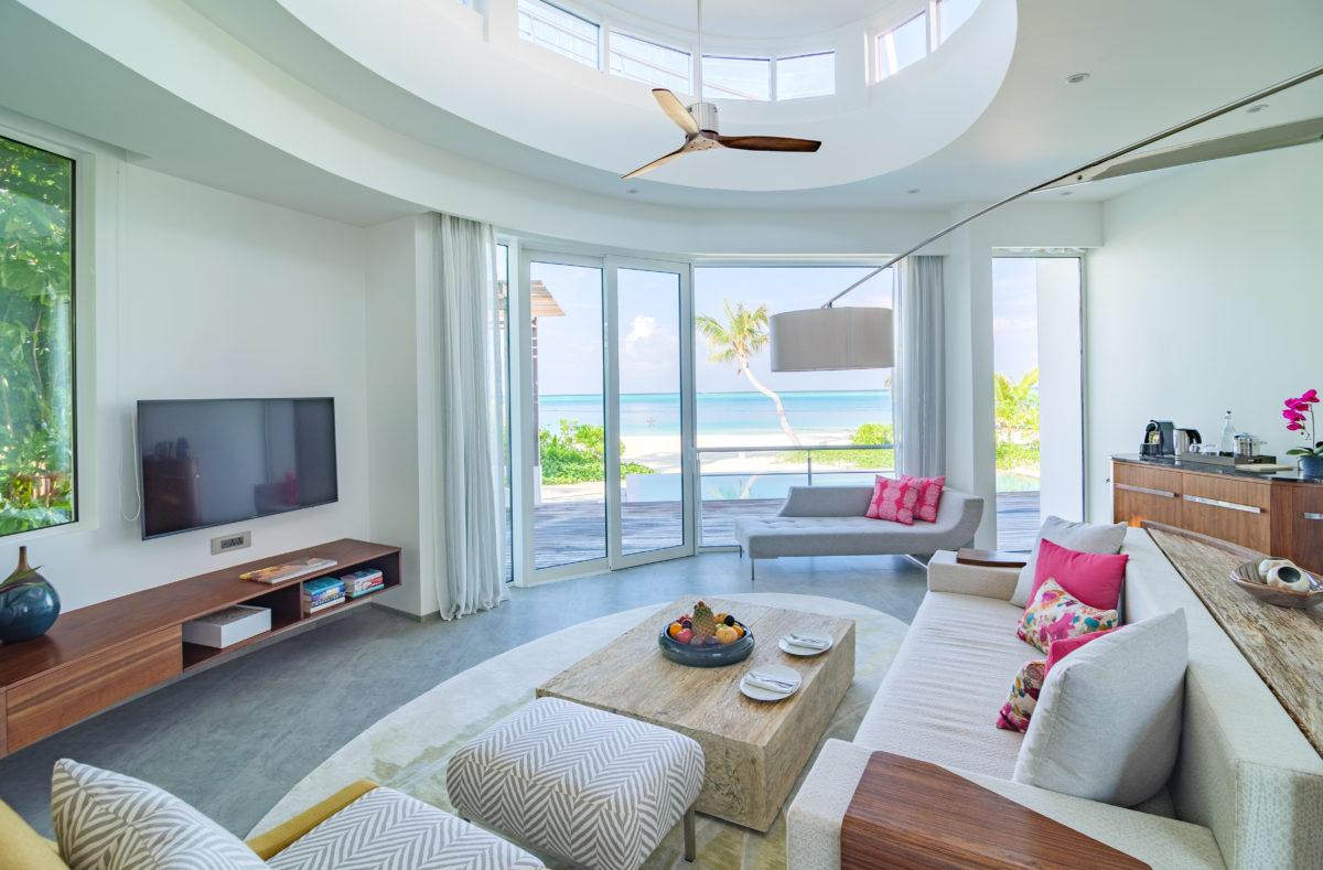LUX North Malé Atoll Beach Villa lounge