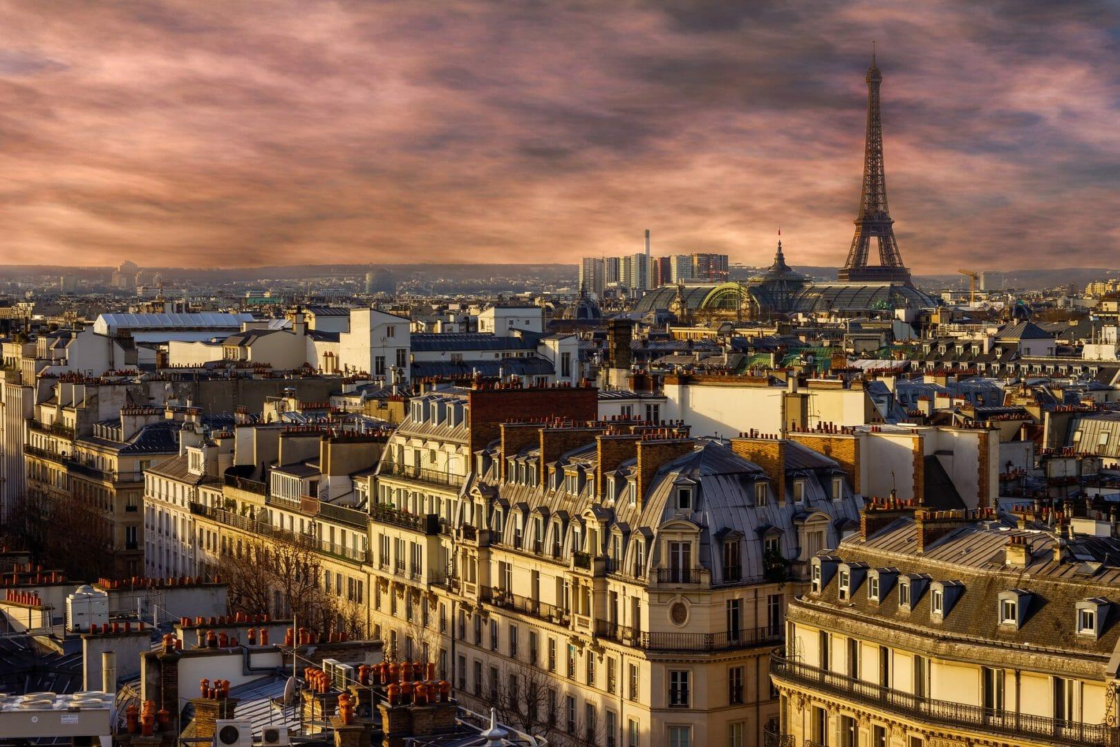 Paris au crépuscule - Voyager sans avion