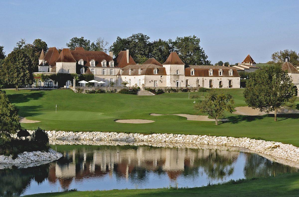 Domaine du Château des Vigiers pour stage de golf avec Pro en France