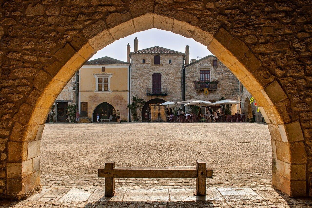 Visiter Monpazier la France hors des sentiers battus