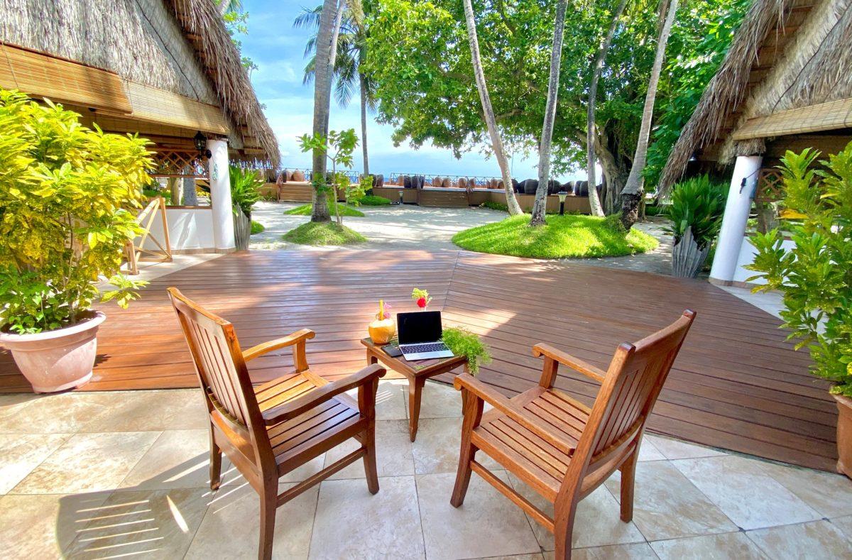 Espace terrasse Fihalhohi Island Resort Maldives