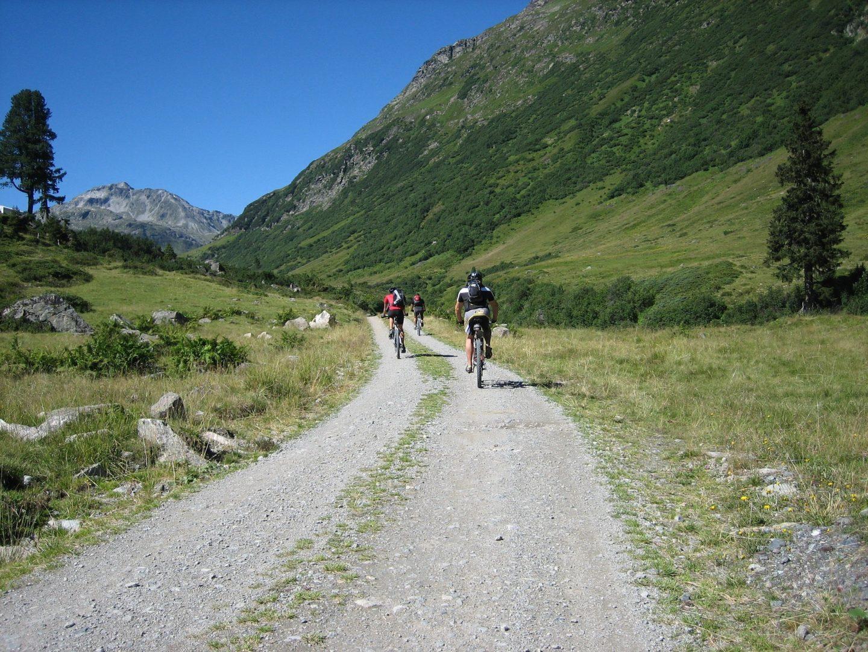 Cyclotourisme traversée de l'Europe en Suisse sur l'EuroVelo 6