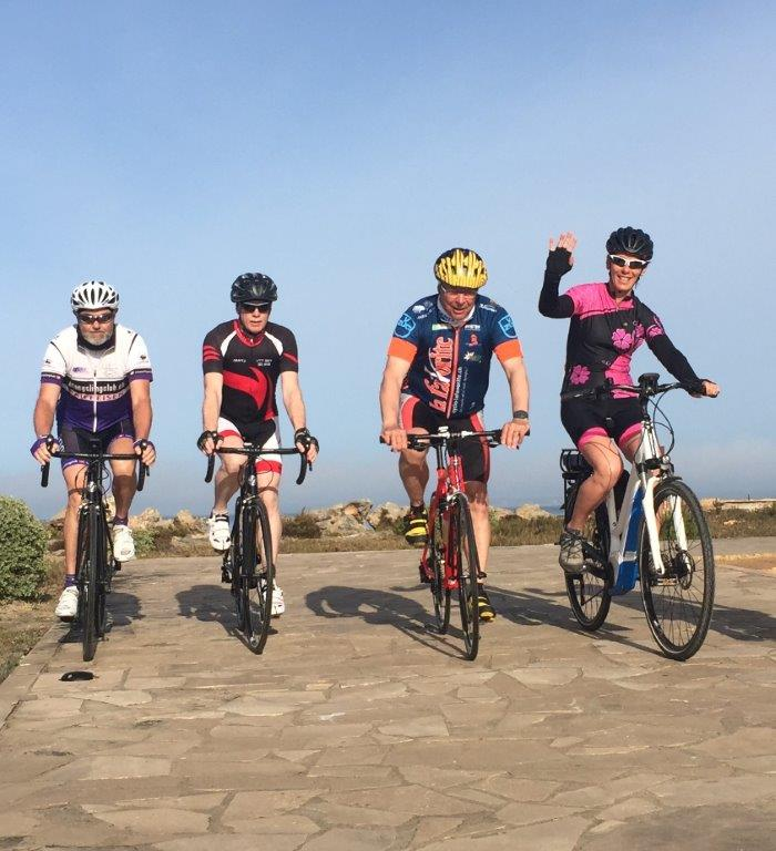 Cyclistes à vélo à Majorque