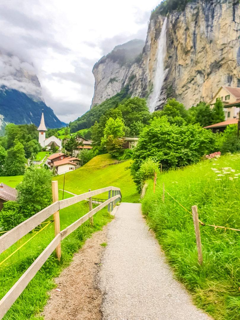 Visiter la vallée de Lauterbrunnen