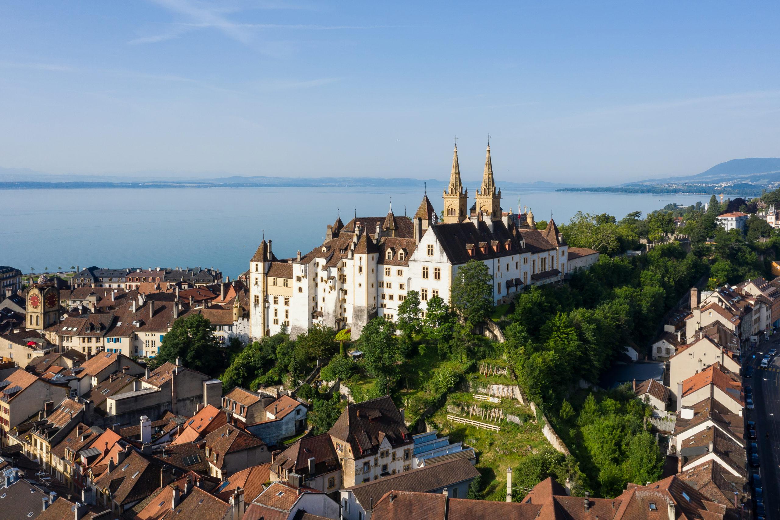 Voyage dans le Pays de Neuchâtel