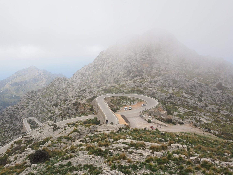 Faire du vélo dans la Serra de Tramuntana en vacances à Majorque