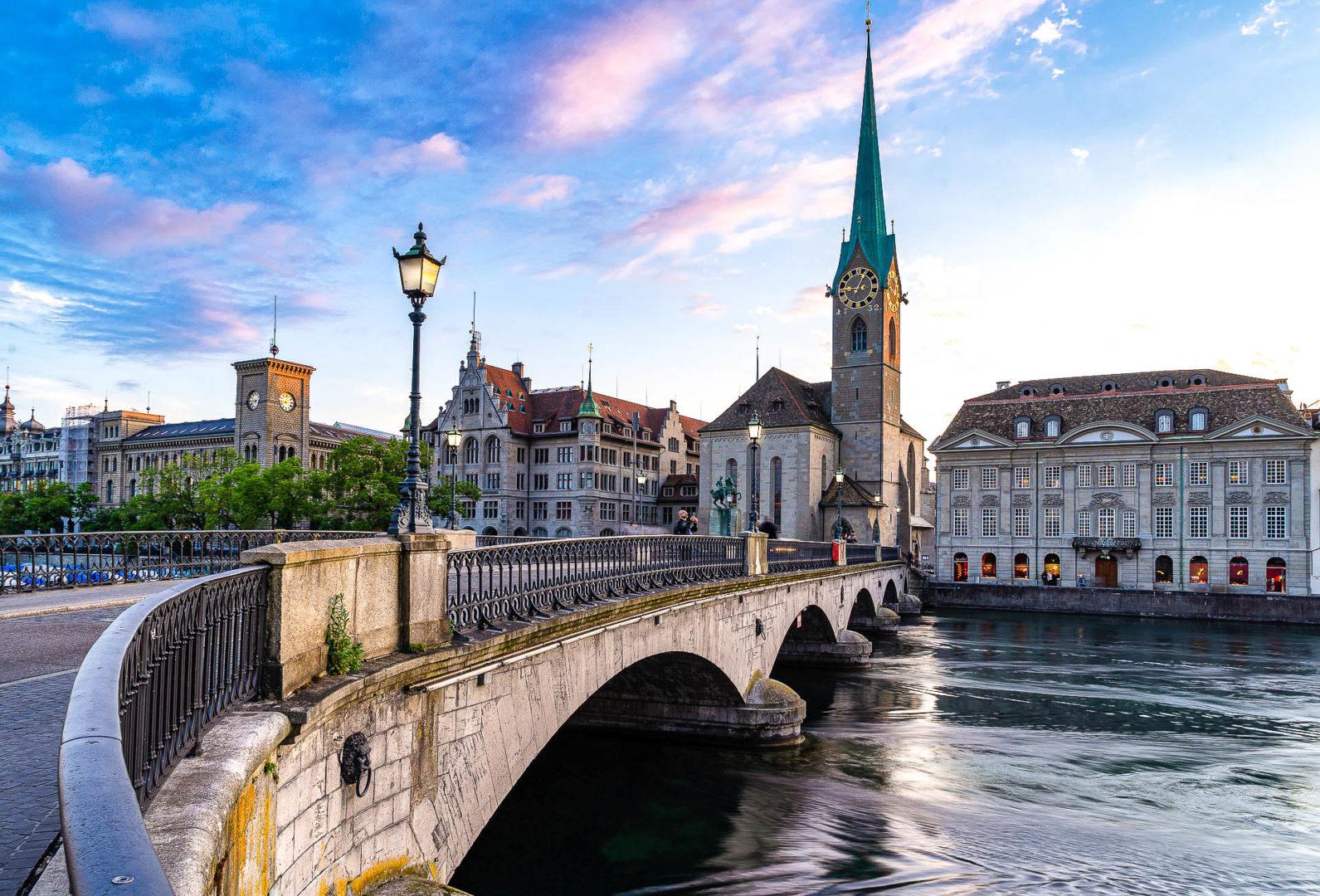 Zurich et sa vieille ville dans les plus belles villes de Suisse
