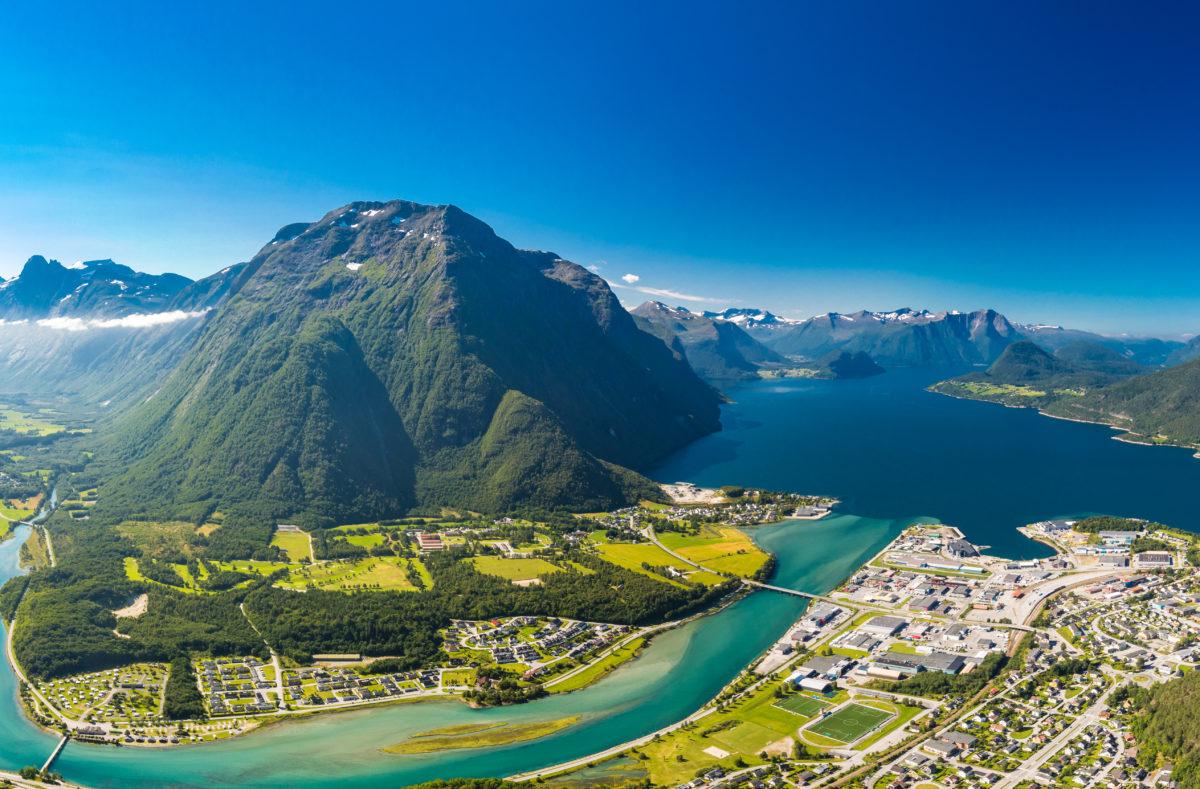 Andalsnes ville de Rauma en Norvège