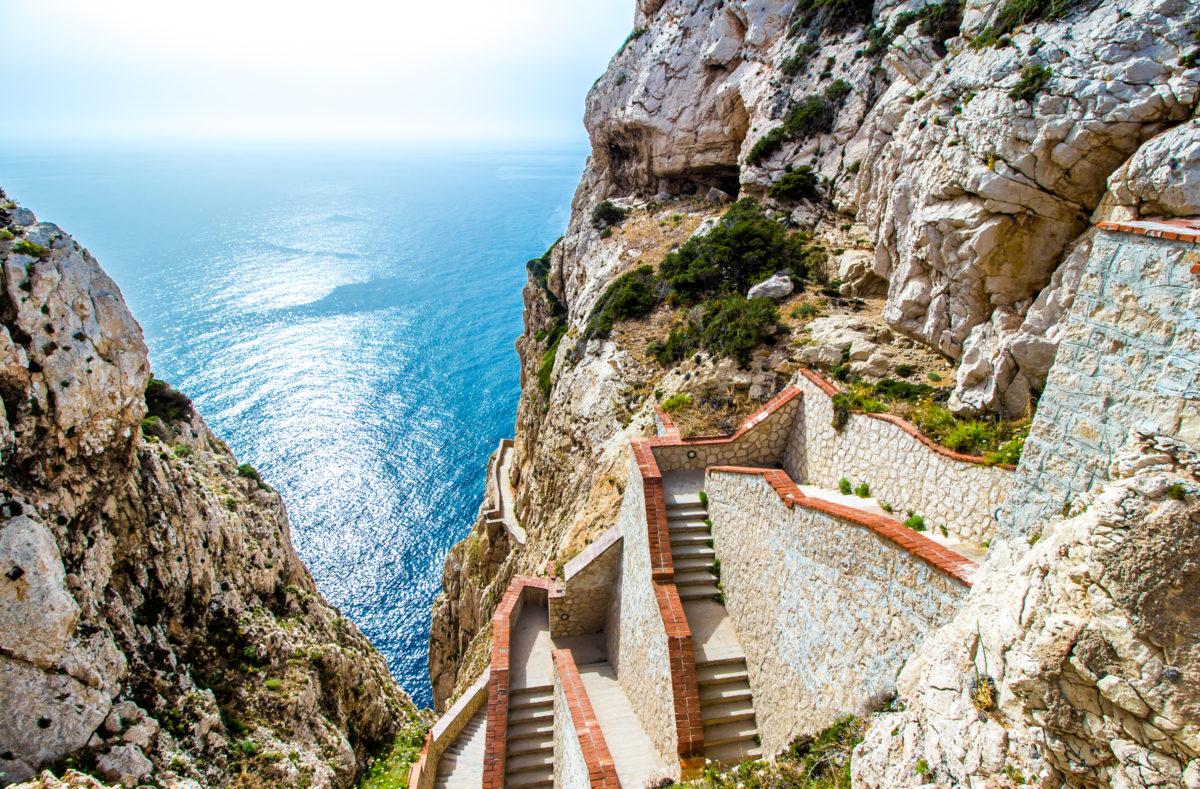 Escalier Grotto de Neptune, falaises de Capo Caccia, près d'Alghero, en Sardaigne